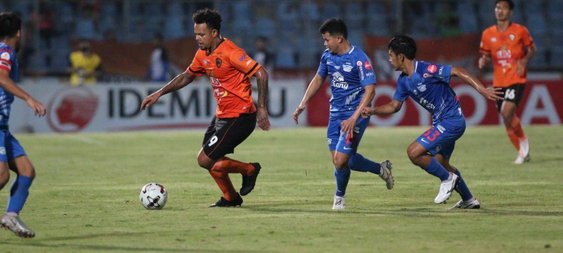 ชลบุรี พ่าย เชียงราย ยับ 0-3
